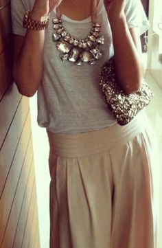 fashion, statement necklaces, style, accessori, outfit, clutch, t shirts, chunky necklaces, maxi skirts