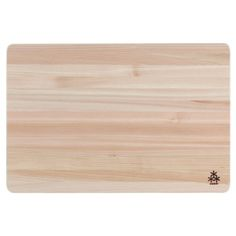 Hinoki (Japanese Cypress wood) is anti-bacterial, ultra-lightweight, and anti-stain, making it a great material for cutting boards.