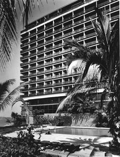 Hotel Presidente 1958  Acapulco, Guerrero. México  Arq. Juan Sordo Madaleno