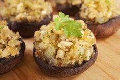 Gluten Free Portobello Stuffed Mushrooms Recipe: http://glutenfreerecipebox.com/portobello-stuffed-mushrooms-gluten-free/ #glutenfree #glutenfreerecipes