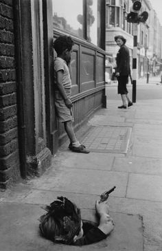 Thurston Hopkins - London, 7th August, 1954 ... Children playing on the street, a rare sight now.