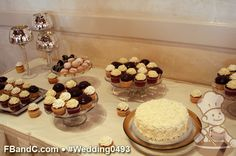 """Design W 0493 