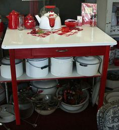 red kitchen, cottag, benches, french red, display, aqua, vintage red enamelware, enamels, red and white enamelware