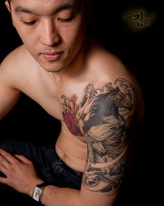 Jin O - Shoulder tattoo- Very Cool!