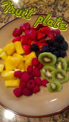 HEALTHY SNACKS 101! Here is your motivation to start a healthy lifestyle and some great snack ideas! #weightloss #cleaneating #healthysnacks deidrapenrose.com