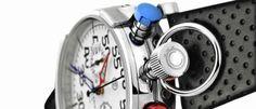 CT Scuderia CS 20100 La estética Café Racer inunda la colección de relojes de esta firma italiana de aspecto clásico y con movimientos suizos.