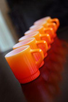 Vintage Orange Mugs  Orange Dress #2dayslook #jamesfaith712 #OrangeDress  www.2dayslook.com