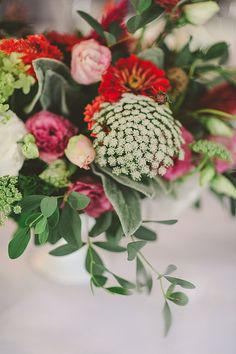 Queen Annes Lace Bouquet.  Photo from Anne+Joe's Wedding collection by Alyssa Maloof Photography
