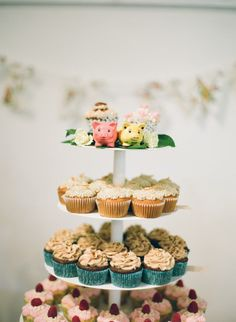 food + drink | tiered cupcake wedding cake | em the gem photography | vie: style me pretty