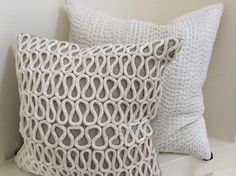 Pillow inspiration.   I can do that!