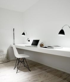minimalist office by jellypeppers