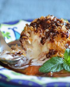 Yummy Fried Ice Cream!  I'll have to make it next time I'm with my mom, she used to loves this at Chi Chi's!