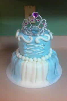 Cinderella cake! Super cute! Second birthday theme!! Cinderella or Minnie Mouse...