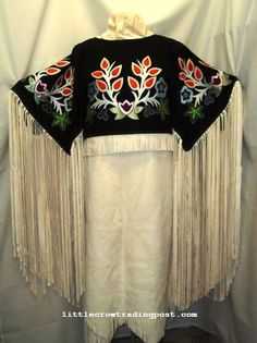 This is   a beautiful Ojibwa design.