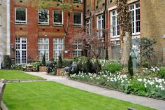 St James Garden, Summer outdoor Venue Hire through 195 Piccadilly, London