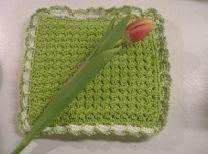 craft, knit crochet, free pattern, crunch stitch, knit pot, pot holder, holder pattern, stitch pothold, crochet pot