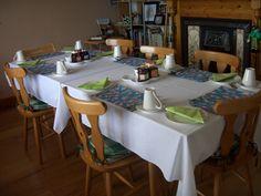 EdMar B's tables set for breakfast