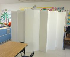 Double sided white 5.5Ft cardboard room dividers. Great idea for using in classrooms to separate students into groups.