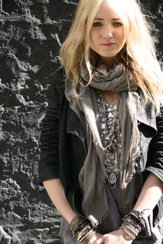 layers: stacked jewelry, linen scarf: boho chic
