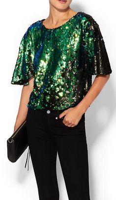Cute sparkly sequin top - perfect for the holidays! http://rstyle.me/~2Rm4P