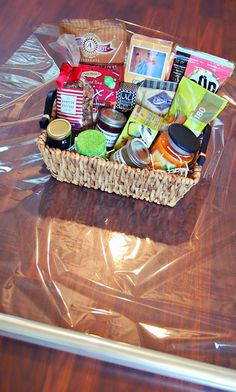 DIY: Easy, Fast, & Inexpensive Gift Baskets!