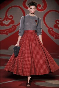 Ulyana Sergeenko - Haute Couture Fall Winter 2012-13 - I'm dying over this skirt...