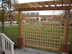 Lattice Arbor -http://www.criswellcarpentry.com/images/Lattice%20Arbor.JPG#