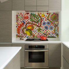 DIY Colorful backsplash: plexiglass over regular fabric