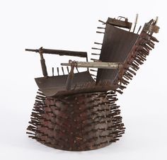 Gonçalo Mabunda's #art, made from #recycled #arms. #sculpture, #chair, #Mozambique. More: www.afri-love.com/2013/07/inspired-recycled-arms-in-goncalo-mabundas-art.html