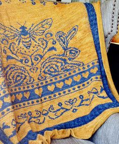 Ravelry: such is the quality of bees... pattern by bunnymuff