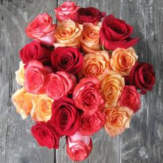 """This bouquet is beautiful! And I love their """"straight from the farm"""" icon! icon, bouquet, gorgeous flower, flower power, the farm"""