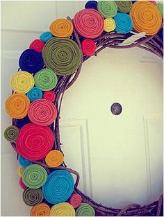 Felt Rosette Wreath. #DIY
