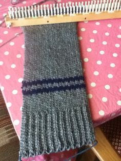 Loomed scarf