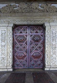 Portas - Igreja de São Francisco by eduhhz, via Flickr  Brazil