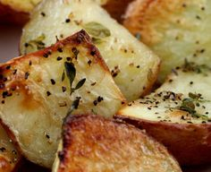 Thyme Roasted New Potatoes - olive oil recipes curated by SavingStar Grocery Coupons. Save money on your groceries at SavingStar.com  #SavingStar