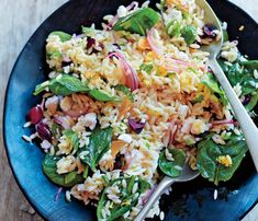 Mediterranean Dishes Under 400 Calories: Spinach and Orzo Salad. This versatile salad can be made a day ahead--just let it sit at room temp for an hour before serving. #SelfMagazine