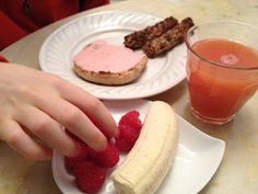 The Full Plate Blog: red breakfast idea!