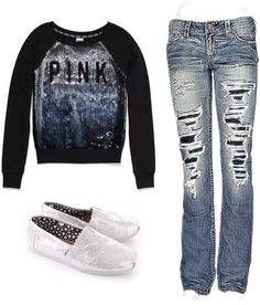 I'm not much for the ripped jeans but otherwise this is a cute outfit!