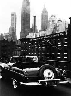 Marilyn Monroe by Sam Shaw, 1957. Such an amazing photo.