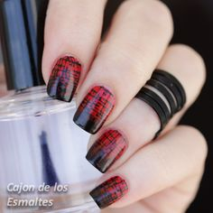 Gradient Louboutin and stamping   @bornprettynails #stamping #louboutin #notd #nailart