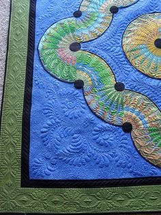 Drunkards path by Jessica's Quilting Studio, via Flickr