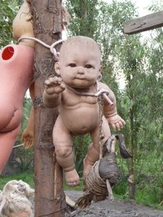 """The """"Island of the Dolls"""" is a seriously creepy place!"""