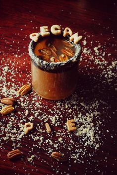 Pecan Pie Margaritas #drinks #holidaydrink #margarita #autumndessert #dessert