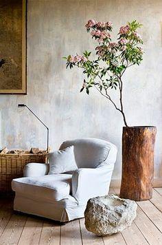 chair, tree stumps, tree trunks, decorating ideas, wabi sabi, organic home, wall treatments, nook, planter