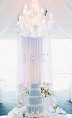 Light blue cake! Via Style Me Pretty.