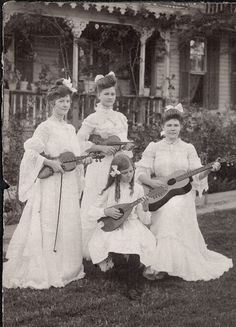 Shorpy Historical Photo Archive :: Early All Girl Band