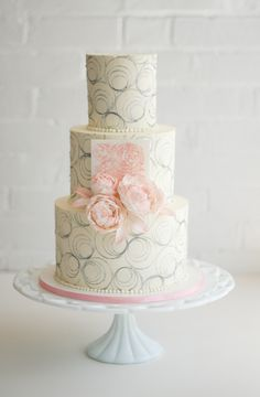 blush pink and buttercream cake by erica obrien