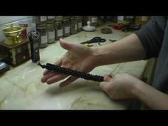 How to braid your paracord to a Survival Bracelet