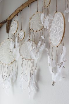 Dreamcatcher. Would LOVE to have this over my headboard. wow.