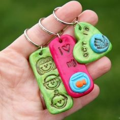 stamp clay, clay jewelri, gift tags, stamped clay, clay keychain